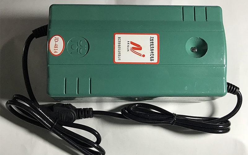 Sạc ắc quy chính hãng xe đạp điện Nijia
