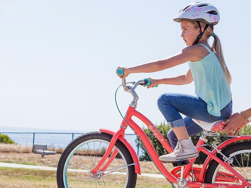 Trẻ em từ 6 đến 8 tuổi đã có thể đi xe đạp